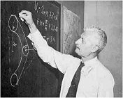 Oberth writes on the blackboard